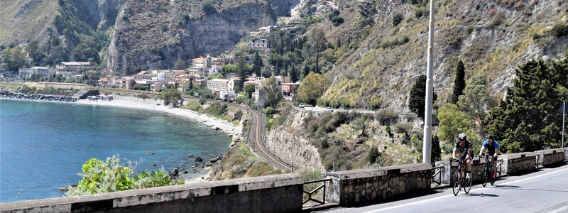 Ride the Amalfi Coast Picture 1
